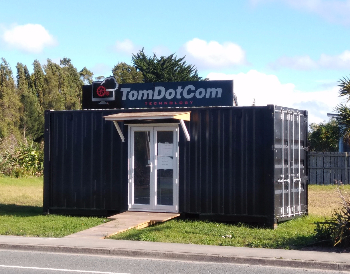 tomdotcom container office-570