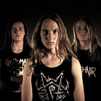 Alien Weaponry on the move-95